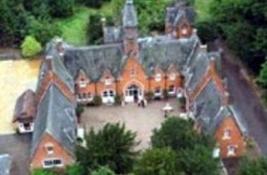 Classic British – Wroxall Abbey Hotel & Estate