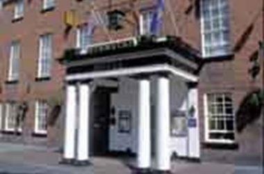 Classic British – Wynnstay Hotel