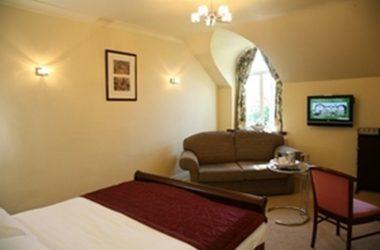 Best Western Plus Lee Wood Hotel