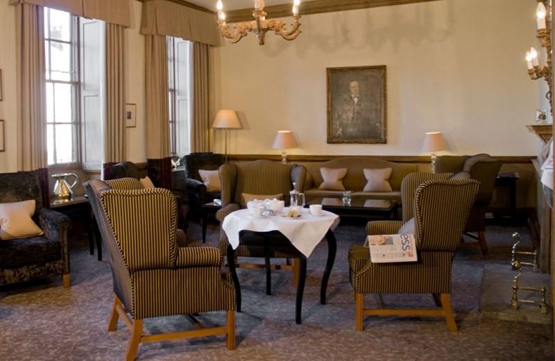 Macdonald Bear Hotel